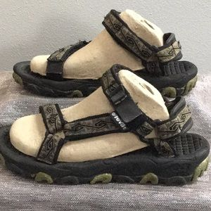Teva woman's size 7 sandal